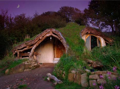 sustainable-hobbit-house